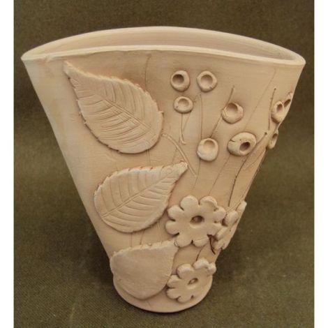 Vaza ceramica conica cu flori si frunze