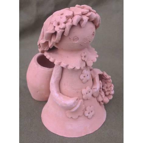"""Figurina ceramica 3d \""""fetita cu cos in spate\"""""""