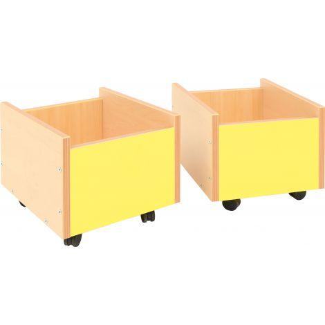 Cutie din lemn galbena pe roti