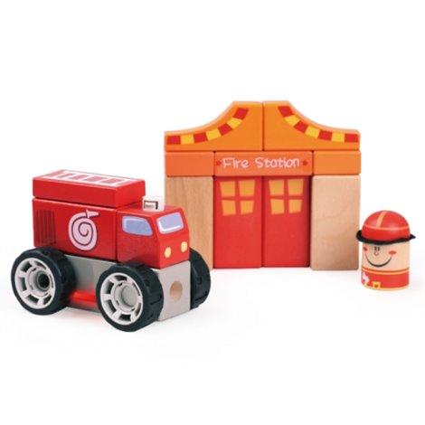 Sectie de Pompieri cu Masina Pompier