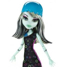 Papusa Frankie Stein - Monster High Pe Role