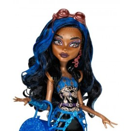 Papusa Robecca Steam - Monster High