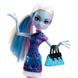 Bominable Abbey - Monster High in calatorie