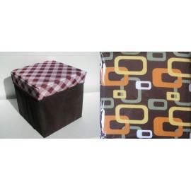 Scaun cutie jucarii cu dreptunghiuri pe capac