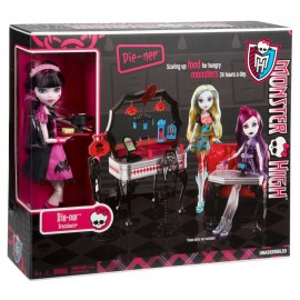 Draculaura la cina - Set din 13 dorinte Monster High