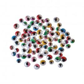 Ochi colorati cu gene