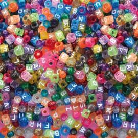 Margele din plastic Litere