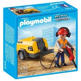 Muncitor In Construcii