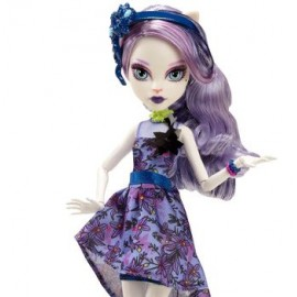 Papusa Catrine Demew - Monster High Gloom And Bloom
