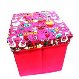 Scaun cutie jucarii roz cu inimioare