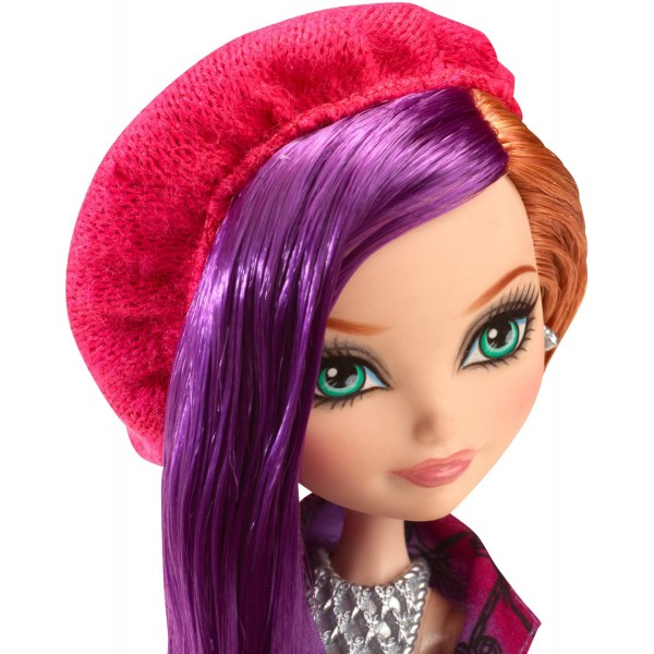 Papusa Ever After High - Poppy OHai Through the Woods