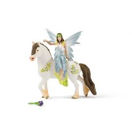 Figurina schleich eyela in tinuta festiva stand 70516