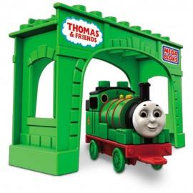 Mega Bloks - Locomotiva Percy Cu Pod imagine