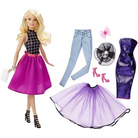 Papusa Barbie cu rochii moderne