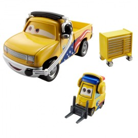 Jeff Gorvette Pitty si John Lassetire Disney Cars