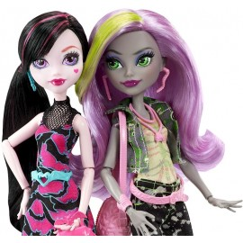 Set 2 papusi - Draculaura si Moanica - Welcome to Monster High