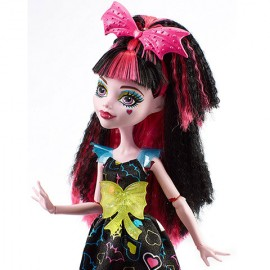 Papusa Draculaura - Monster High Electrified