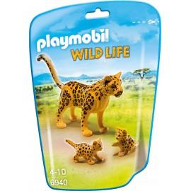 Leopard cu pui